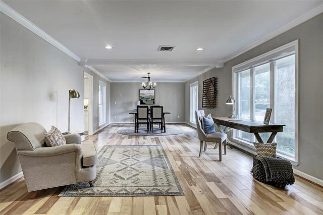 10102 Willowgrove Drive, Houston, TX 77035 (MLS #11734679) :: The Heyl Group at Keller Williams