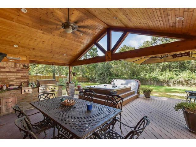 210 Sherbrook Circle, Conroe, TX 77385 (MLS #11875940) :: Magnolia Realty
