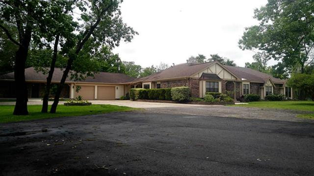 2426 Garden Road, Pearland, TX 77581 (MLS #12009284) :: Carrington Real Estate Services