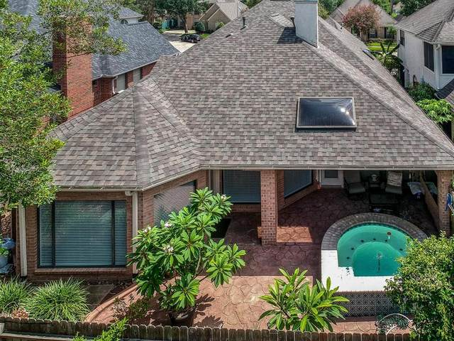 14910 Redwood Cove Court, Houston, TX 77062 (MLS #12496744) :: Rachel Lee Realtor