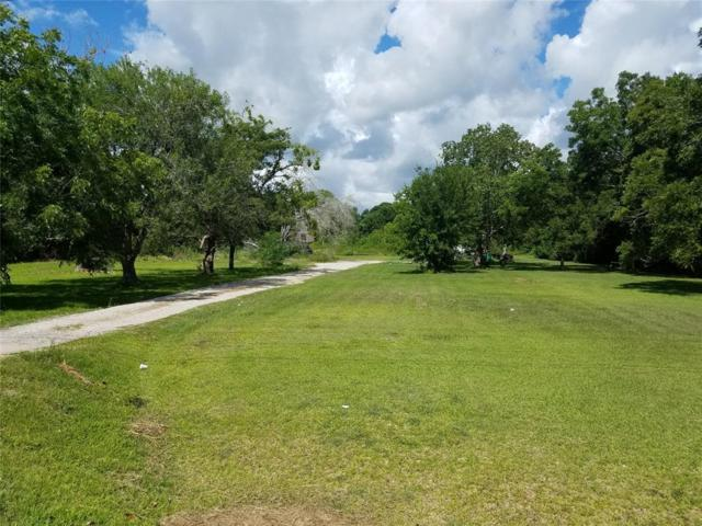 2908 Fm 646 N, Santa Fe, TX 77510 (MLS #12538597) :: Connell Team with Better Homes and Gardens, Gary Greene