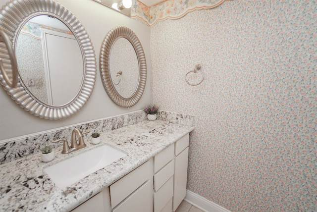 2100 Tanglewilde Street #211, Houston, TX 77063 (MLS #13134197) :: Ellison Real Estate Team