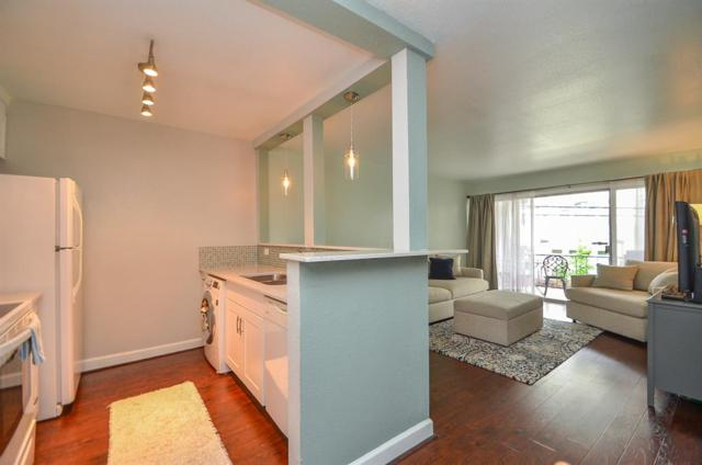 2516 Commonwealth Street #206, Houston, TX 77006 (MLS #13244025) :: Magnolia Realty
