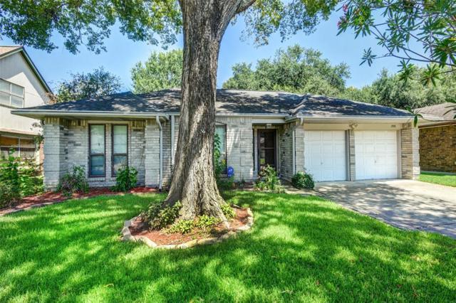 2918 Laurelridge Drive, League City, TX 77573 (MLS #14829674) :: Texas Home Shop Realty