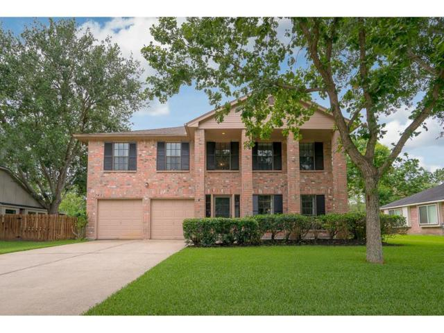 2201 S Mission Circle, Friendswood, TX 77546 (MLS #15995722) :: Texas Home Shop Realty