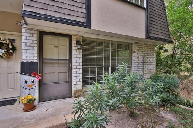1805 Stoney Brook Drive #106, Houston, TX 77063 (MLS #17280643) :: Grayson-Patton Team
