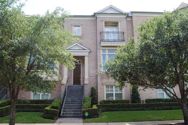 15 Colonial Row Drive, The Woodlands, TX 77380 (MLS #17811863) :: Ellison Real Estate Team