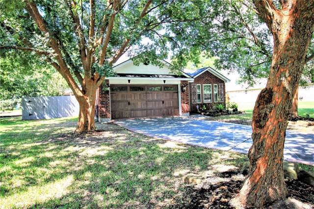 7096 Shady Knoll Lane, Willis, TX 77318 (MLS #18172647) :: The Home Branch
