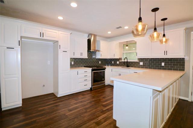 1719 Bowline Road, Houston, TX 77062 (MLS #18547477) :: Texas Home Shop Realty
