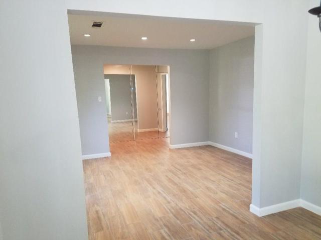 9423 Fairdale Lane, Houston, TX 77063 (MLS #20617368) :: Texas Home Shop Realty