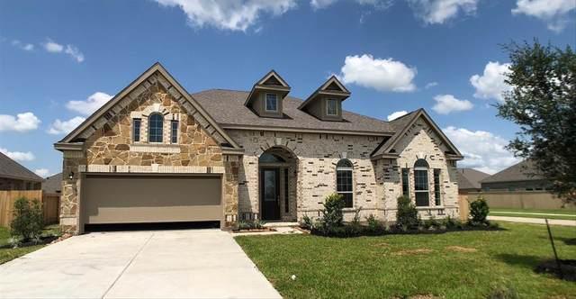 11731 St Augustine Drive, Mont Belvieu, TX 77535 (MLS #22552888) :: All Cities USA Realty