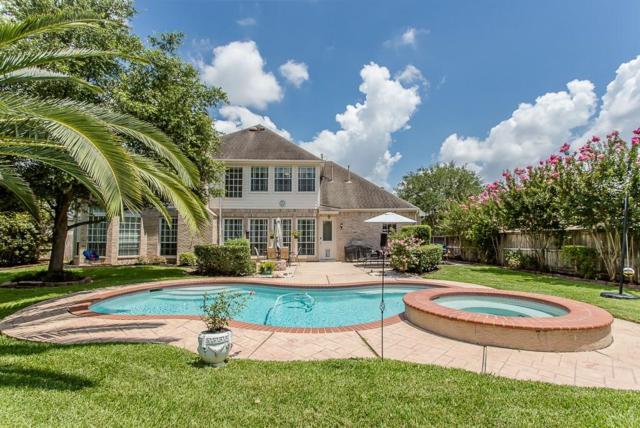 7538 Guinevere Drive, Sugar Land, TX 77479 (MLS #23131473) :: Texas Home Shop Realty