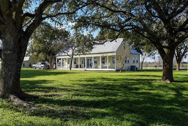 10472 Kettler Road, Brenham, TX 77833 (MLS #26821327) :: The SOLD by George Team