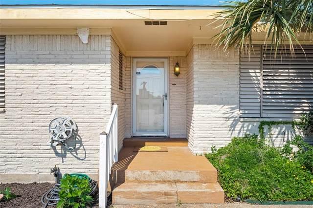3613 83rd Street, Galveston, TX 77554 (#28543006) :: ORO Realty