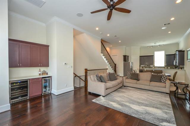 5526 Darling Street C, Houston, TX 77007 (MLS #29640396) :: Texas Home Shop Realty
