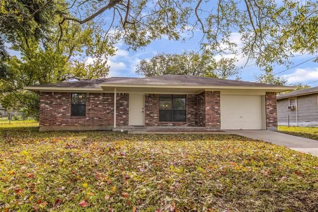 908 Nelson Street, Brenham, TX 77833 (MLS #29983620) :: The SOLD by George Team