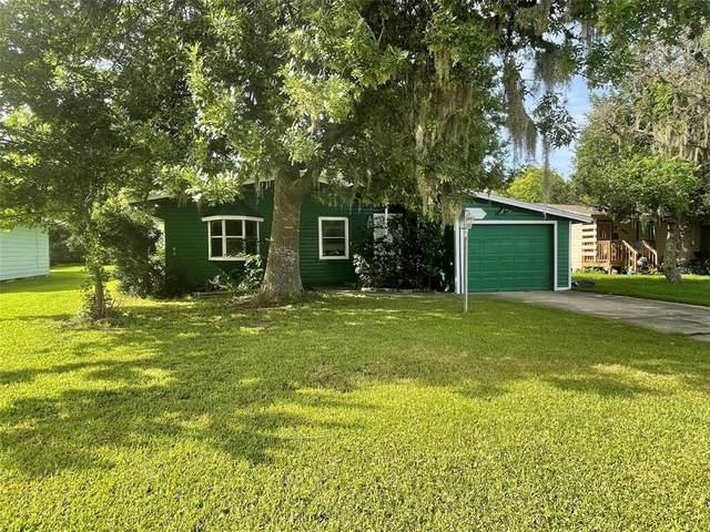 322 Circle Way Street, Lake Jackson, TX 77566 (#30148467) :: ORO Realty