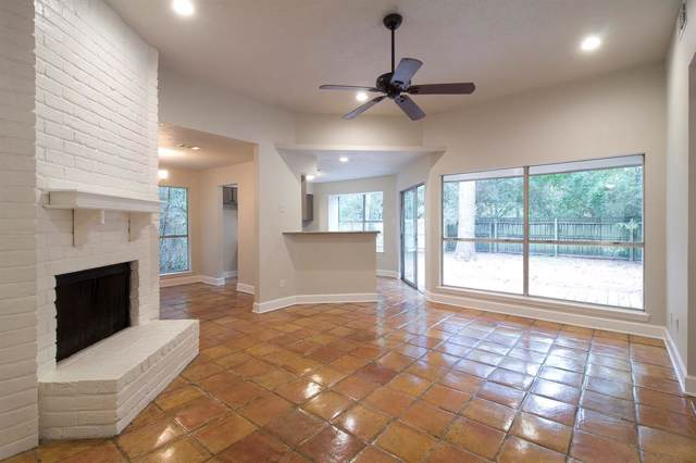 17 Morning Forest Court, The Woodlands, TX 77381 (MLS #30417630) :: The Bly Team