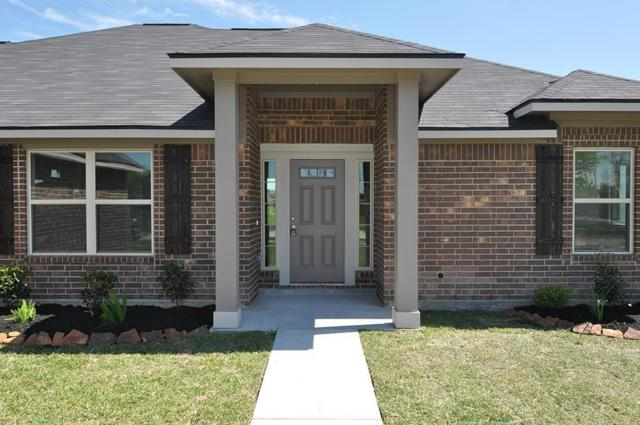 88 Georgia Street, Dayton, TX 77535 (MLS #30573281) :: The SOLD by George Team