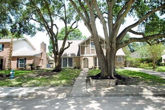 12130 Nova Drive, Houston, TX 77077 (MLS #31266338) :: The Home Branch