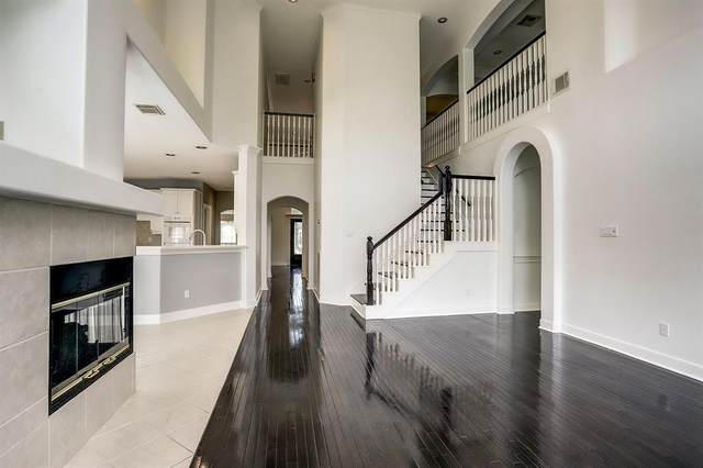 12914 Silent Shore Lane, Houston, TX 77041 (MLS #31978479) :: The SOLD by George Team