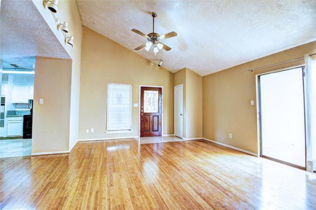 6615 Briar Terrace Drive, Houston, TX 77072 (MLS #33360743) :: The Heyl Group at Keller Williams