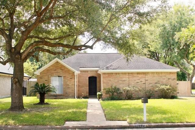 13715 Cherry Hollow Lane, Houston, TX 77082 (MLS #33664557) :: Connect Realty