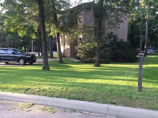 1401 April Villas, Montgomery, TX 77356 (MLS #35368456) :: Area Pro Group Real Estate, LLC