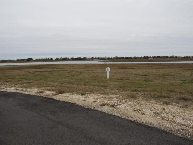 92 Sand Swept, Port Lavaca, TX 77979 (MLS #35778708) :: Texas Home Shop Realty