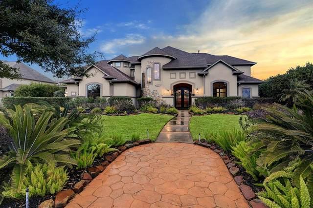 6310 S Royal Point Drive, Kingwood, TX 77345 (MLS #36024176) :: Michele Harmon Team