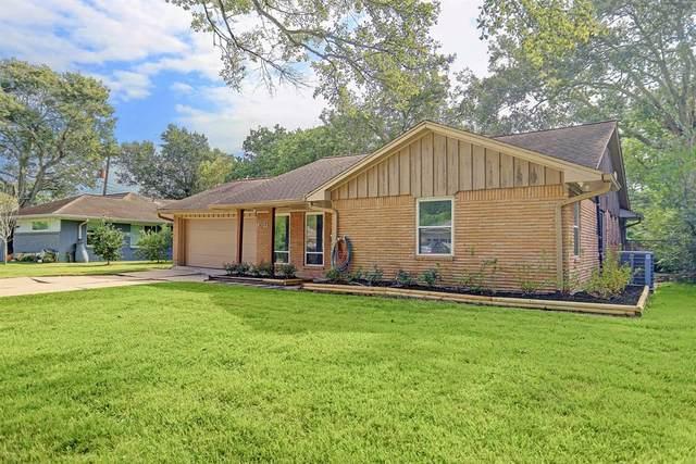 10811 Cedarhurst Drive, Houston, TX 77096 (MLS #36218968) :: Ellison Real Estate Team
