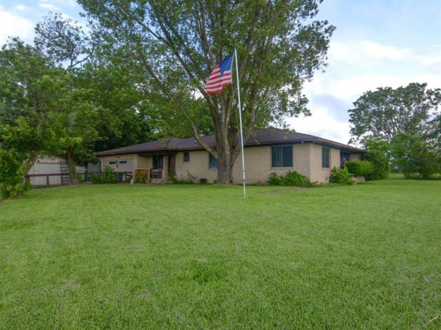 7024 N Us Highway 77, Schulenburg, TX 78956 (MLS #36625960) :: The Home Branch