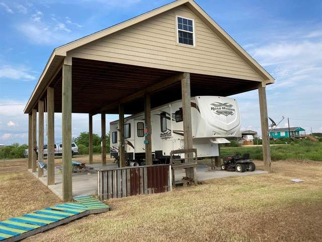 78 S Shore Street, Sargent, TX 77414 (MLS #37764054) :: Caskey Realty