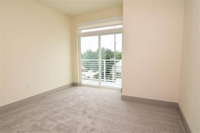 6955 Turtlewood Dr Drive S #203, Houston, TX 77072 (MLS #38381423) :: Parodi Group Real Estate