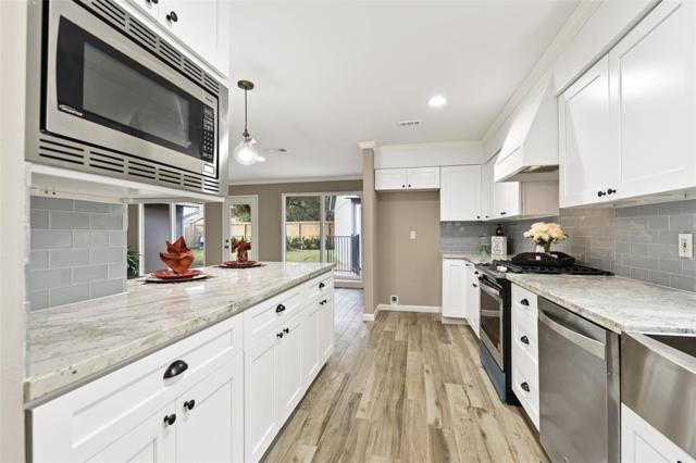 2807 Kismet Lane, Houston, TX 77043 (MLS #38625425) :: Giorgi Real Estate Group