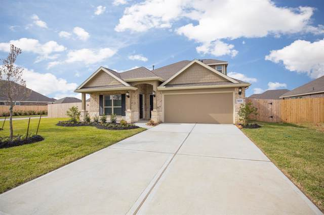 9203 Regan Way, Mont Belvieu, TX 77523 (MLS #38846537) :: Caskey Realty