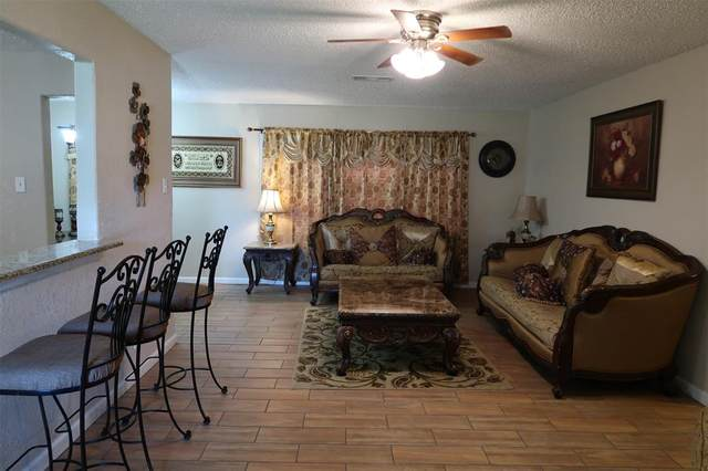 2905 Fannin Street, La Marque, TX 77568 (MLS #39733994) :: Ellison Real Estate Team