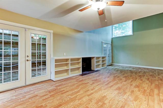 1520 Fairview Avenue, Houston, TX 77006 (MLS #40069422) :: Giorgi Real Estate Group