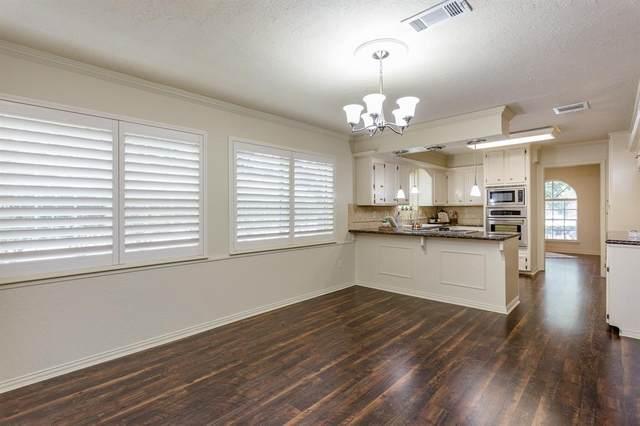 8302 Twining Oaks Lane, Spring, TX 77379 (MLS #40074939) :: Giorgi Real Estate Group