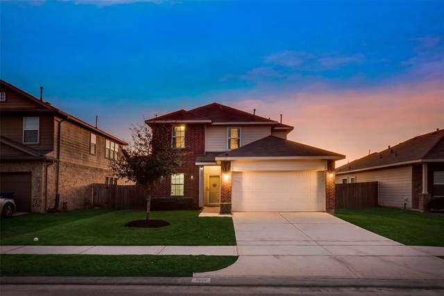 7035 Hazelnut Lane, Baytown, TX 77521 (MLS #43642431) :: The SOLD by George Team