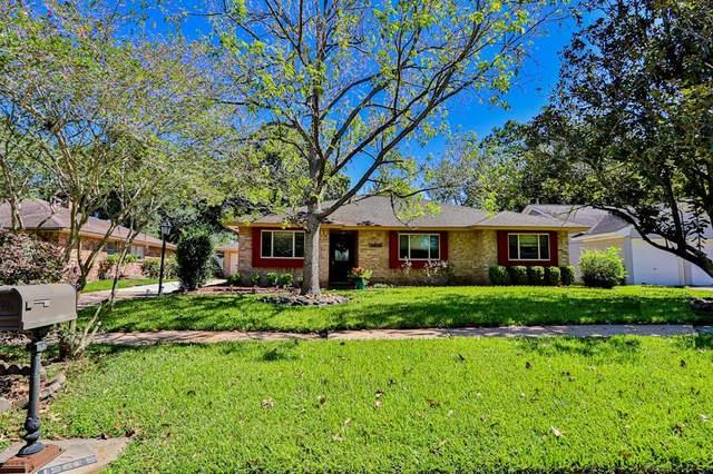 15615 Edenvale Street, Friendswood, TX 77546 (MLS #43711539) :: The Freund Group