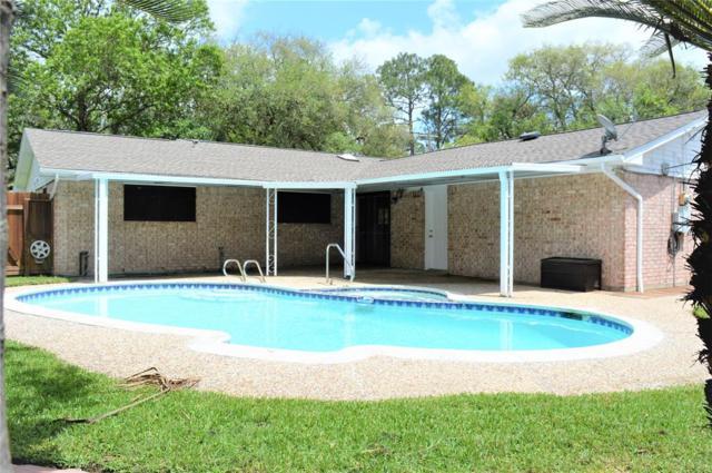 418 Oak Vista Drive, Friendswood, TX 77546 (MLS #44118592) :: Christy Buck Team