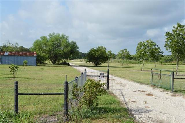 1555 Branecky Road, Flatonia, TX 78963 (MLS #44309960) :: Michele Harmon Team