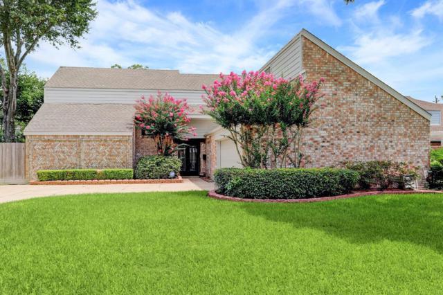 10218 Ella Lee Lane, Houston, TX 77042 (MLS #45235437) :: Giorgi Real Estate Group
