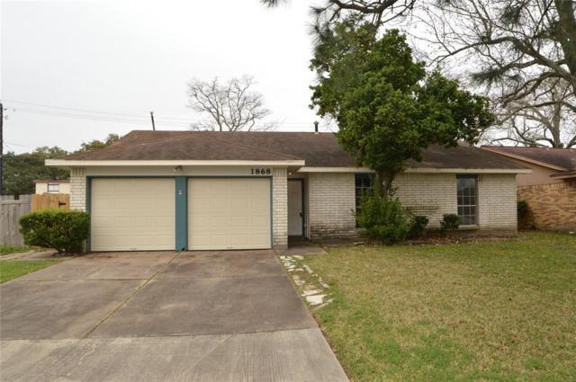 1868 El Mar Lane, Seabrook, TX 77586 (MLS #45962078) :: The Kevin Allen Jones Home Team