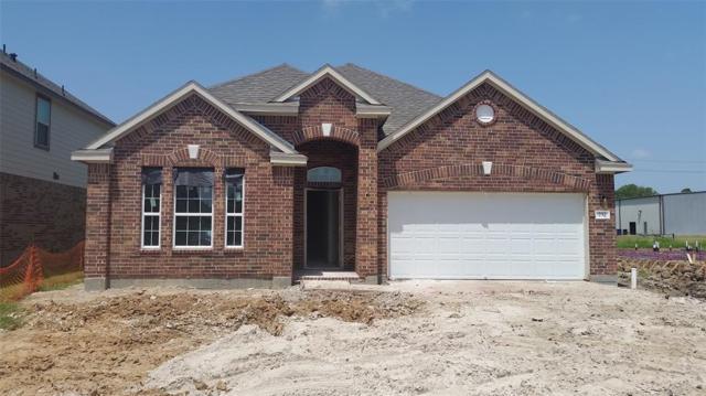 232 Dale Ridge Lane, Dickinson, TX 77539 (MLS #46201439) :: The Johnson Team