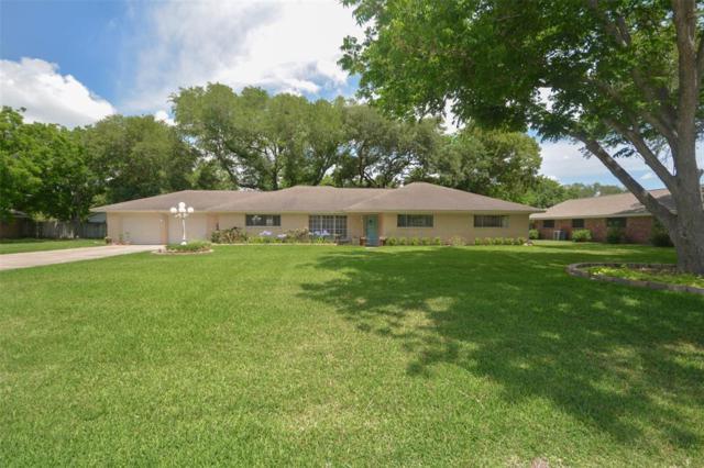 204 E Crestmont Drive, Alvin, TX 77511 (MLS #46434088) :: Texas Home Shop Realty