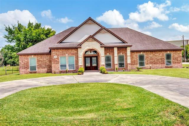 3620 Delesandri Lane, Kemah, TX 77565 (MLS #46855116) :: Caskey Realty