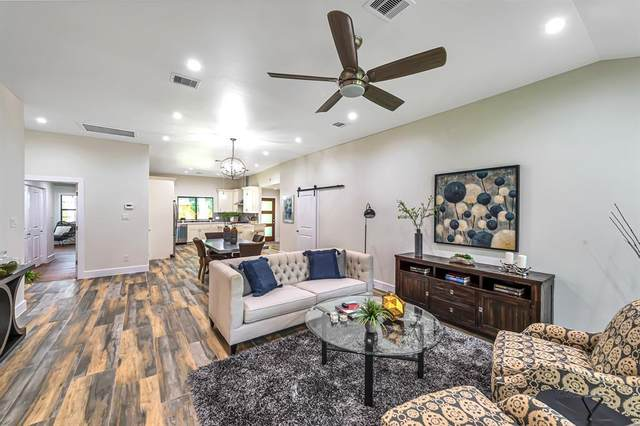 11114 Cliffwood Drive, Houston, TX 77035 (MLS #47510610) :: The SOLD by George Team