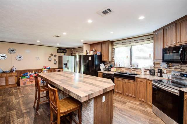 119 County Road 4021A, Dayton, TX 77535 (MLS #48514692) :: My BCS Home Real Estate Group